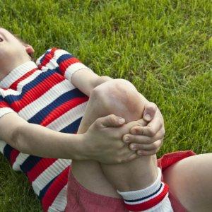 Почему у ребенка болят ноги по ночам?