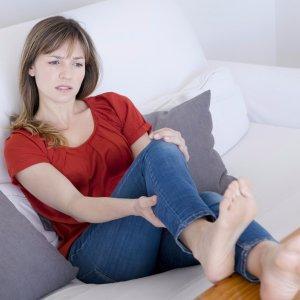 Синдром беспокойных ног – что делать? причины и лечение