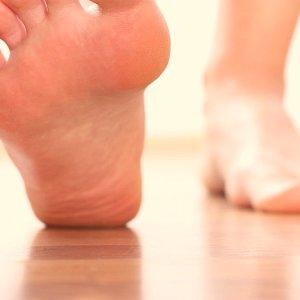 Пяточная шпора: симптомы и лечение в домашних условиях народными средствами быстро и эффективно