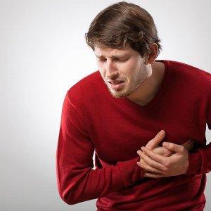 Давящая боль в грудине посередине